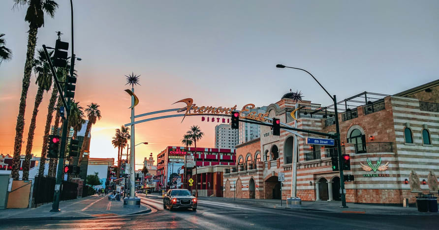 Greentube Adds Cops 'n' Robbers Vegas Nights to Its Las Vegas Flair